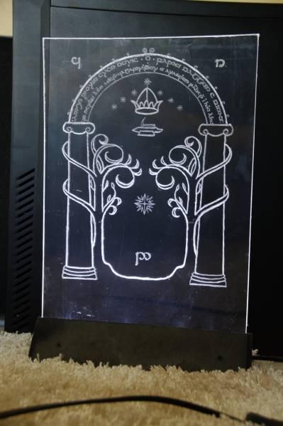 La Porte De Durin Et L Arbre Blanc Du Gondor Sebastien Dalge